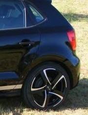 Volkswagen Golf на дисках Alutec Shark